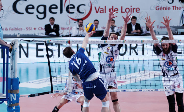 2 places pour le match de volley-ball Paris-Toulouse le 20 janvier à 20h - enchère finie